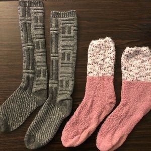 Free People | Bundle of 2 pairs of cozy socks